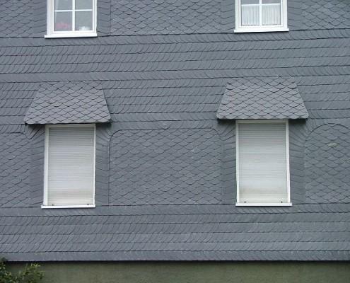 Wandgestaltung mit Dächern